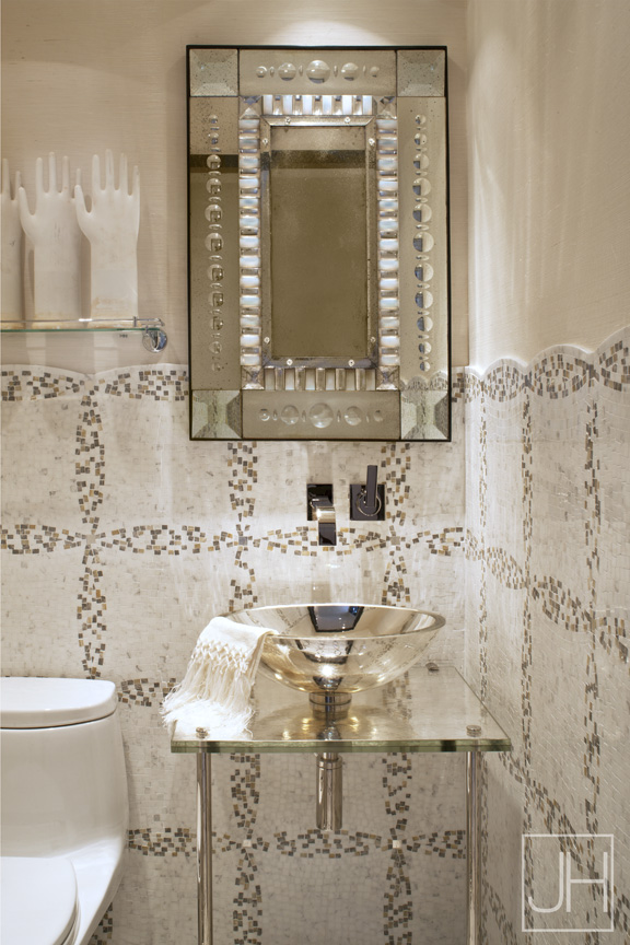 Jamie Herzlinger_5th Ave_POWDER ROOM.jpg