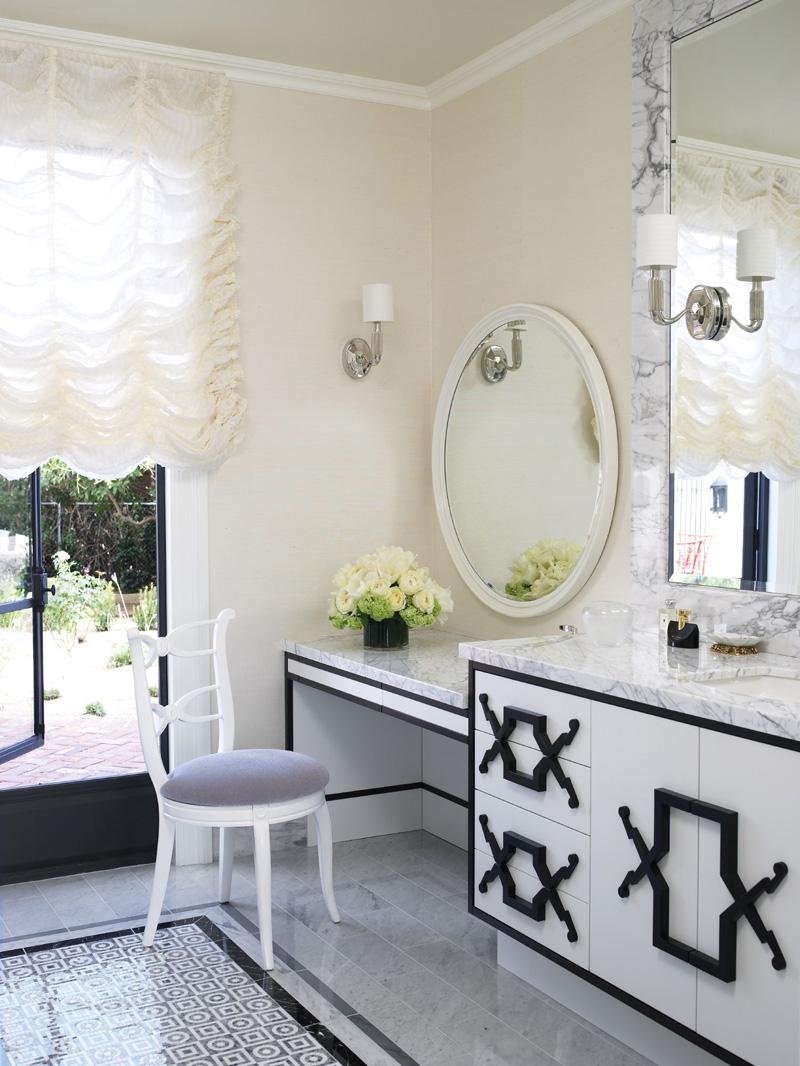 Jamie Herzlinger - Casa Blanca - Guest Bathroom.jpg
