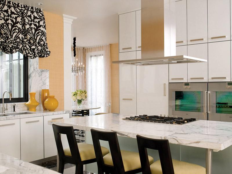 Jamie Herzlinger - Casa Blanca - Kitchen Island.jpg