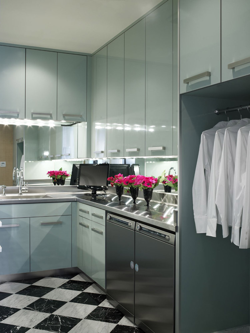 Jamie Herzlinger - Casa Blanca - Laundry Room.jpg