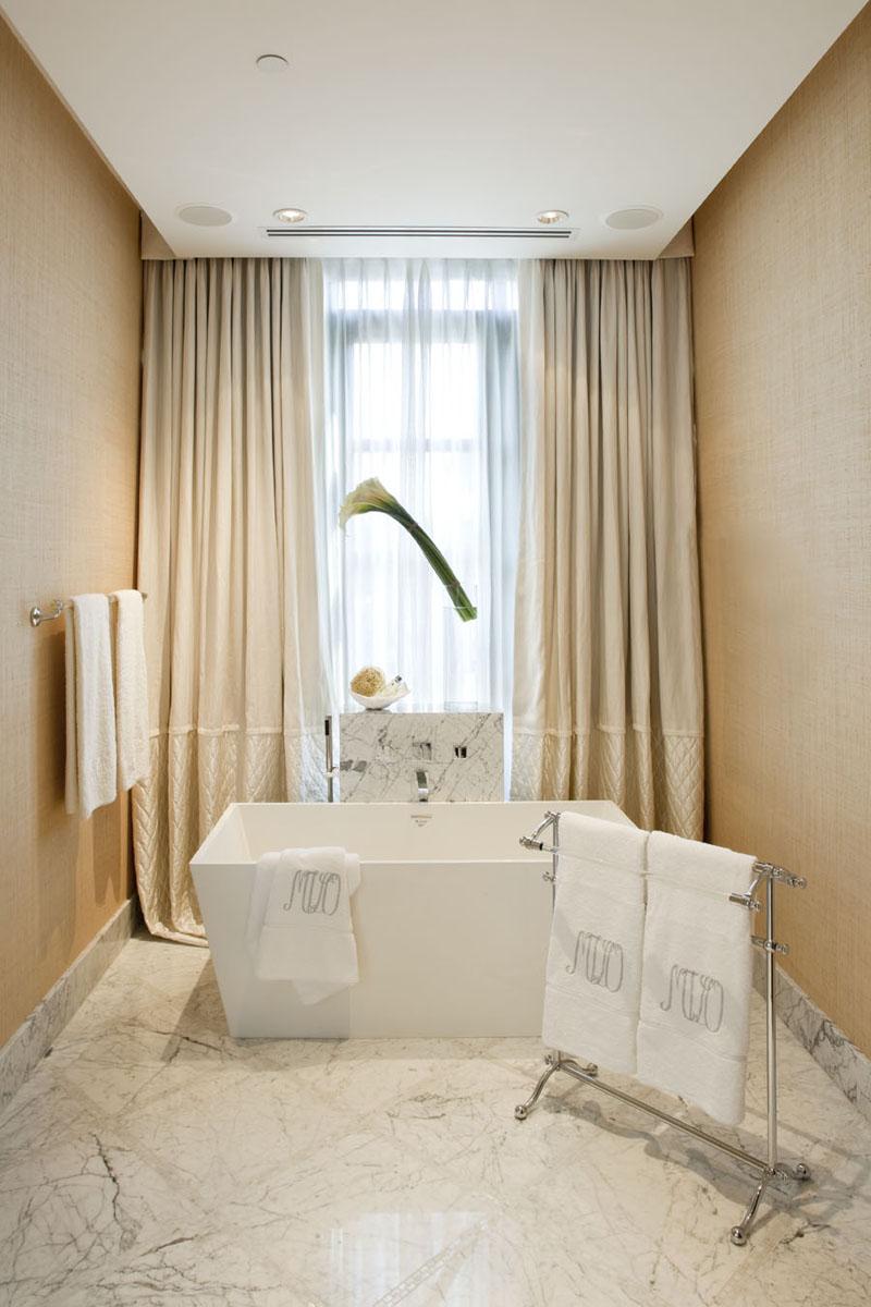 Jamie Herzlinger - Salono - Master Bathroom Tub.jpg