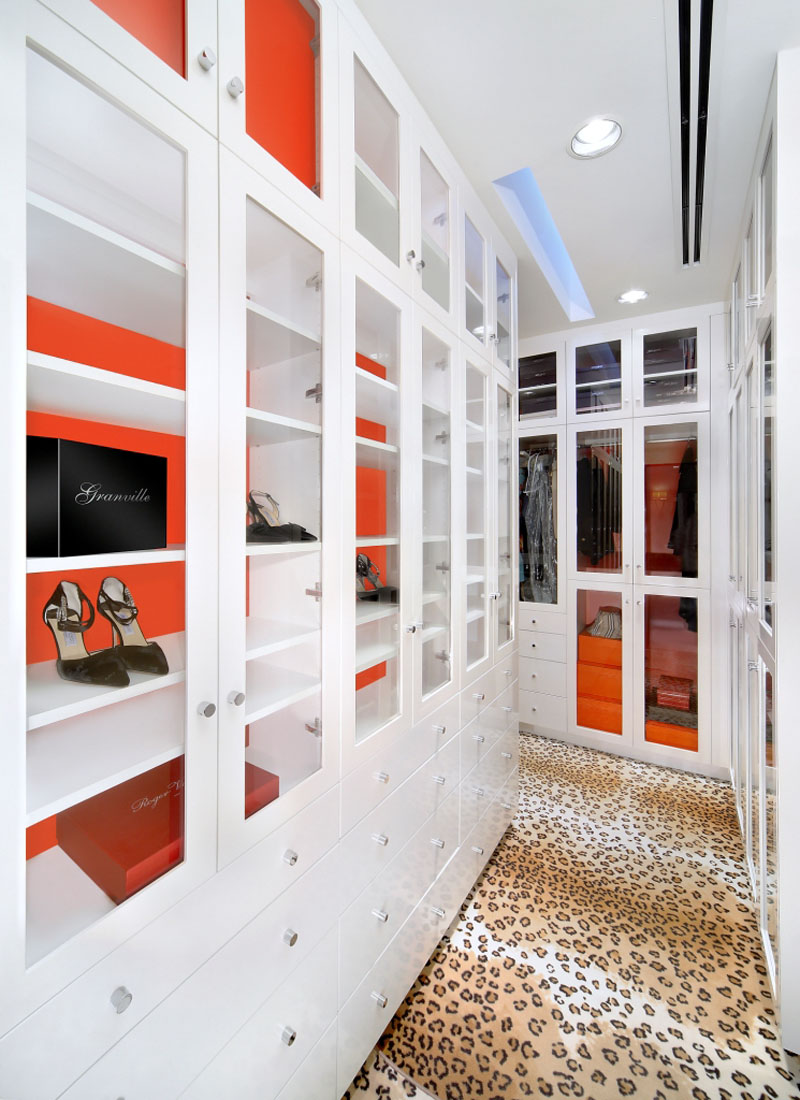 Jamie Herzlinger - Salono - Master Bedroom Closet.jpg