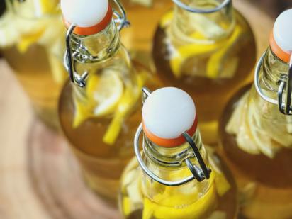 Lemon-ginger kombucha
