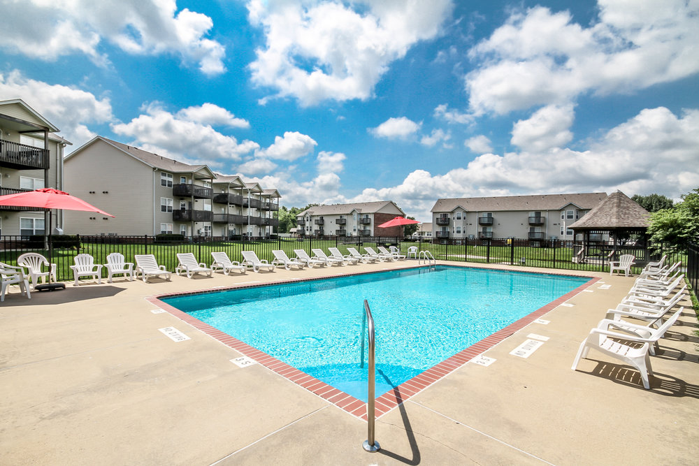 Brookside-Apartments-O'Fallon-Illinois-Pool-7.jpg