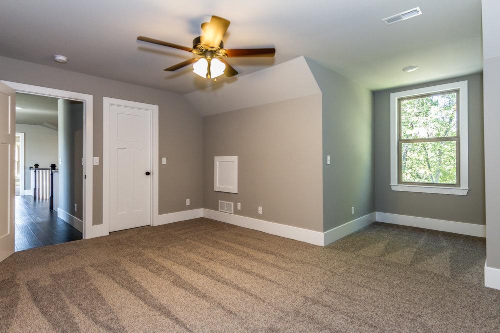 2-Scott-AFB-Real-Estate-For-Sale-O'Fallon-Illinois-62269-38.jpg