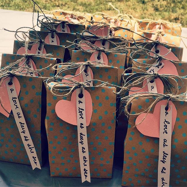 Who doesn't love party favors?! Sea themed treats for a beach wedding shower! #aloveasdeepasthesea #starkstruck2016 #eventsbylovely