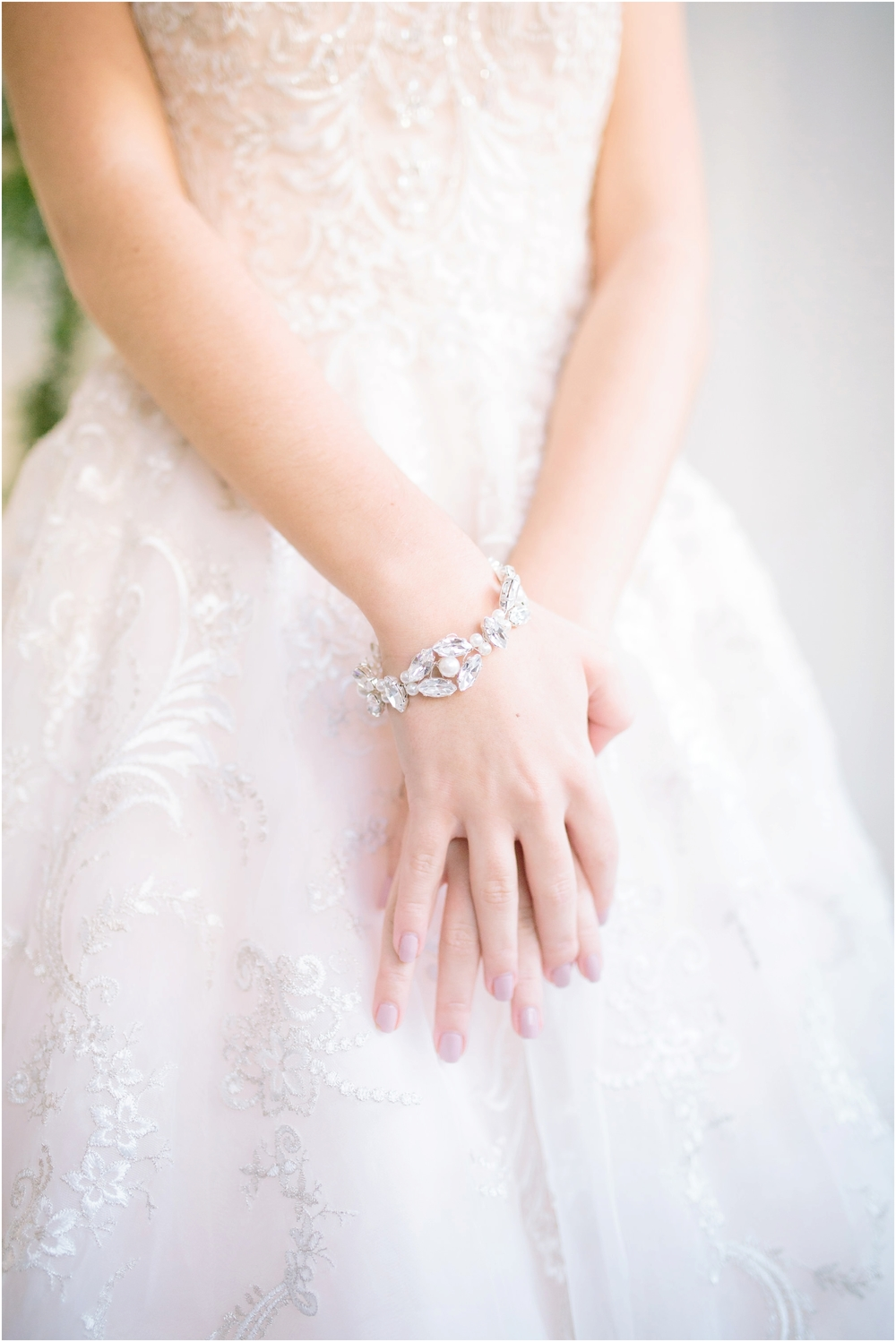 suzanne_li_photography_bridal_accessories_susan_dick_0020.jpg