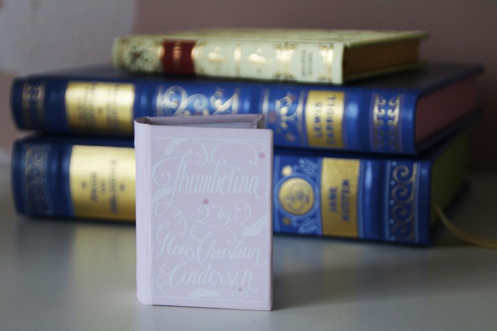 LVR Thumbelina Book01.jpg