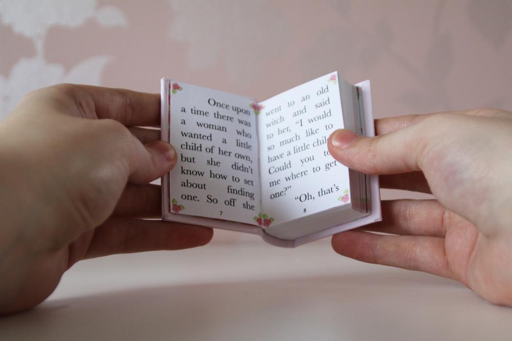 LVR Thumbelina Book09.jpg