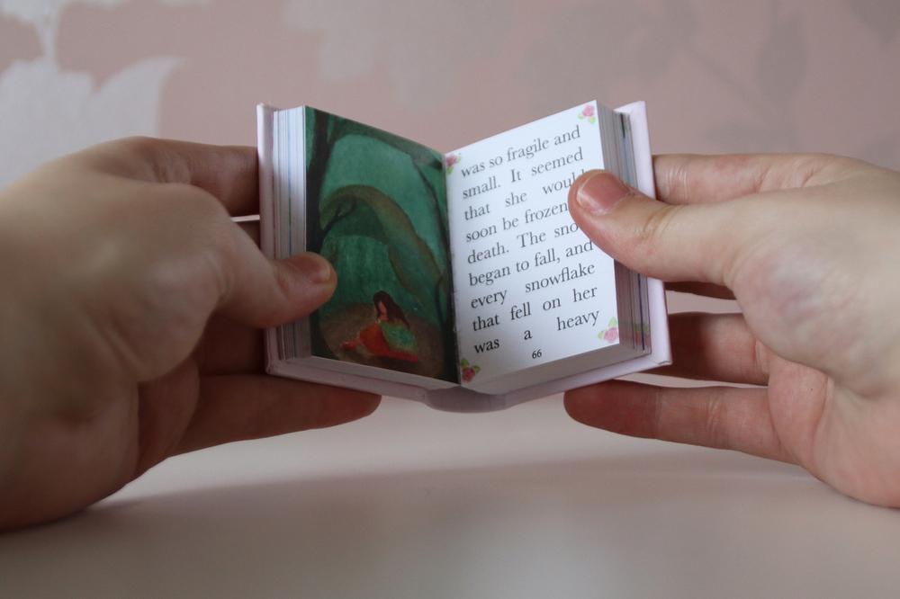 LVR Thumbelina Book12.jpg