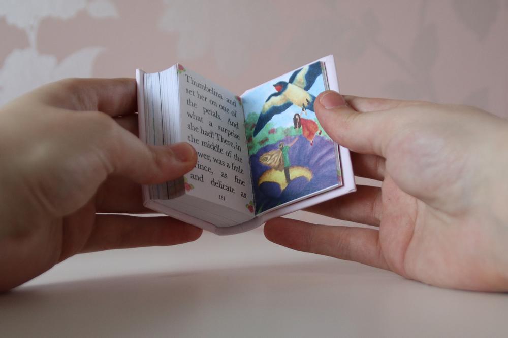 LVR Thumbelina Book13.jpg
