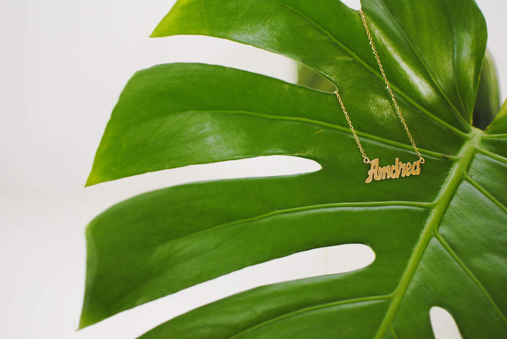 Leaf_01 W.jpg