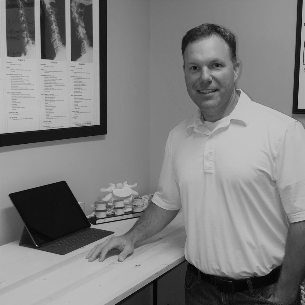 Dr. Sam Slavens is the Head Chiropractor at Simply Chiropractic Bettendorf.