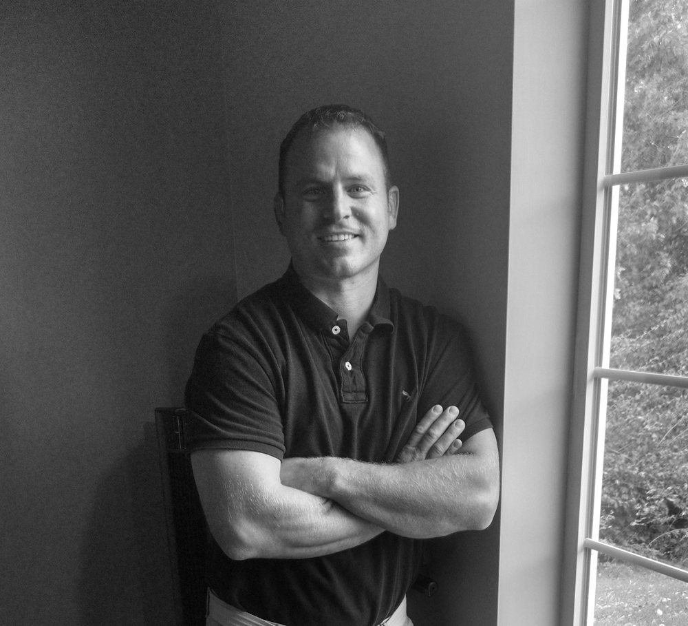 Dr. Tim Matthys  is a chiropractor at Simply Chiropractic Bettendorf.