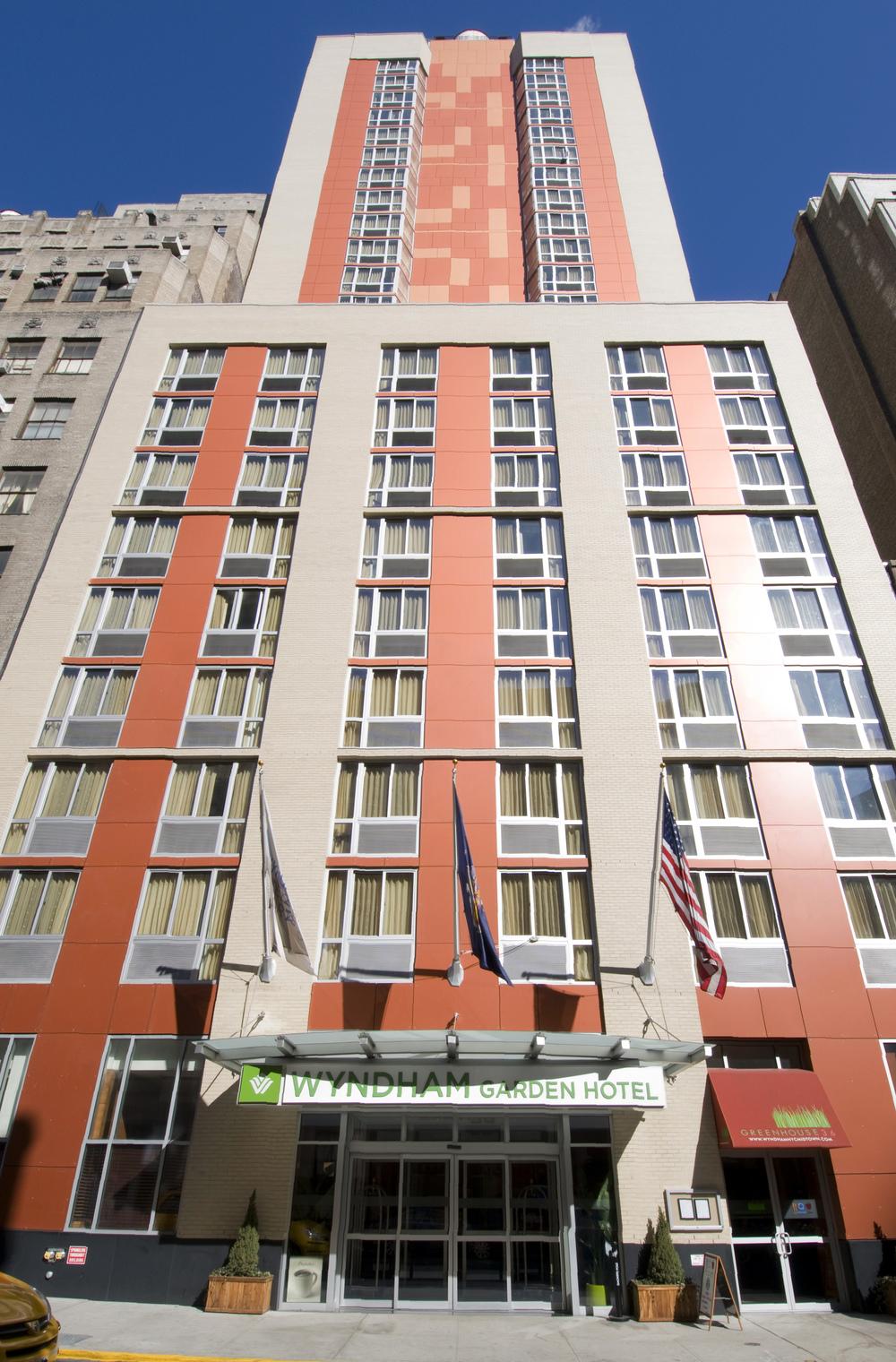Wyndham  Hotel #043.jpg