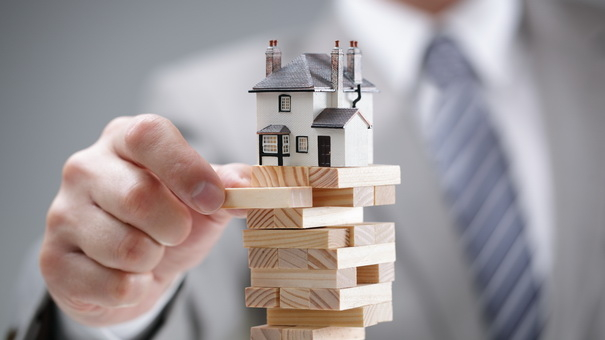 Fall in Real Estate Prices