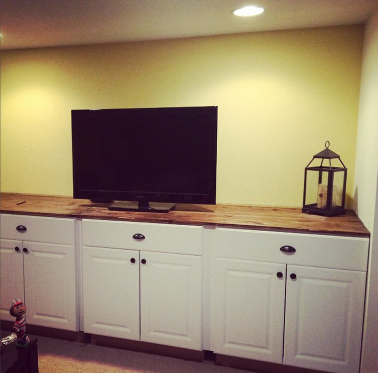 Base cabinets of built-in basement unit