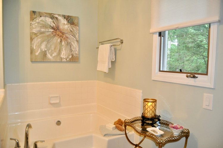 Master bathroom staged to sell