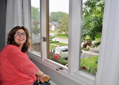 Interior Decorator, Debbie, shares her home staging tips