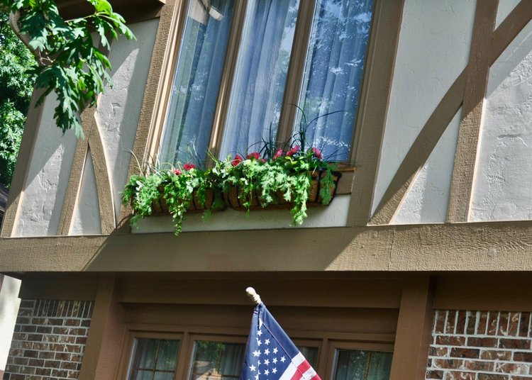 Faux flowers that look real to keep your exterior looking fresh