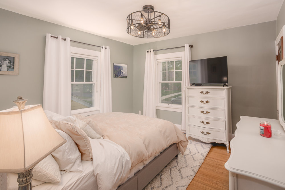 Toledo Home Tours photography of a master bedroom