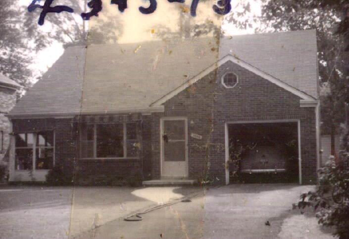 Drummond flip house vintage photograph
