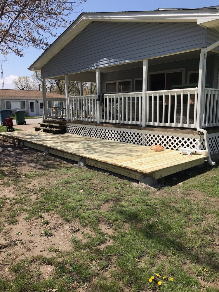 The new deck that Chris helped my parents build at their cottage in Port Clinton.