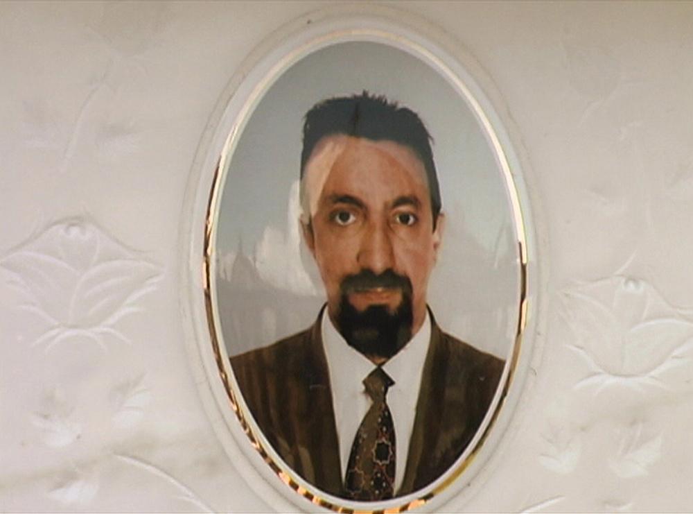 Alfredo's tombstone