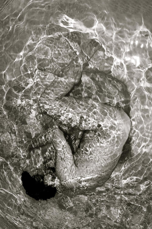 water_1_bw.jpg