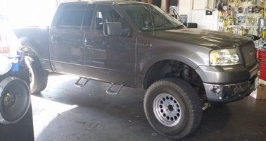 truck lift kit and suspension in San Diego.