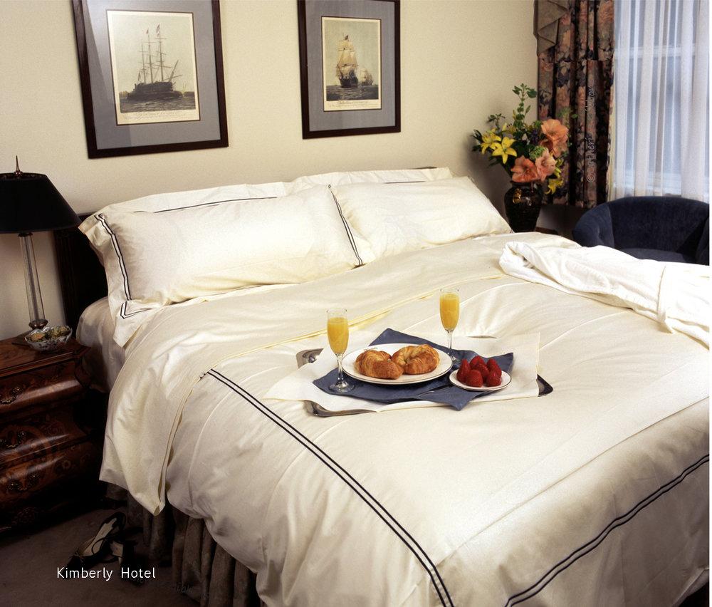 hotel_bedroom_b.jpg