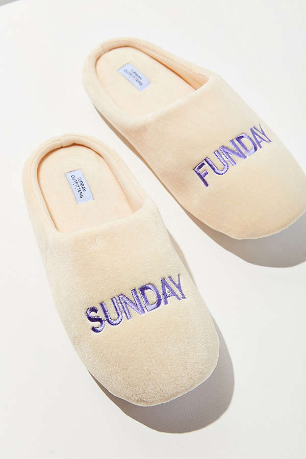 UO Sunday Funday Slippers - I love these slippers from Urban Outfitters!