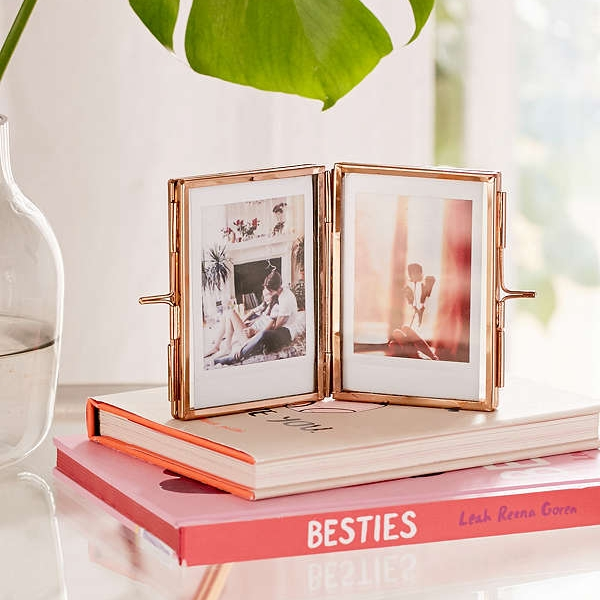Amelia Glass Display Frame - This is another great and fun way to display your photos!