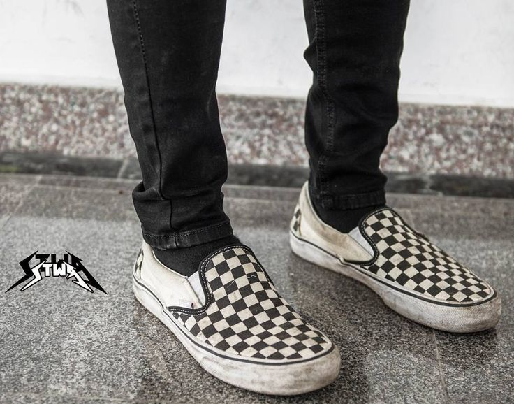 5c427b7f82147b84fb7d5a59af256fa7--vans-slip-on-outfit-men-vans-checkered.jpg