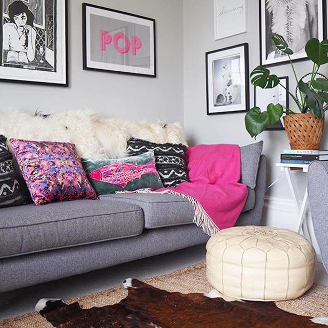 Starting @herfahome has given me all the freedom to devour all the beautiful squares on Instagram to my hearts content! (It's research, y'all!) Like this comfy little corner from @_lisa_dawson_ world. Don't you want to chill there with a glass of rosé and a @brenebrown book to contemplate life and ... maybe that's just my dream afternoon #lesigh Anyways... the point: It's the weekend!! . 📚 enjoy some down time (highly recommend reading Daring Greatly - it's literally a life changer) 🍷 treat yourself kindly 🤗 get a good hug even if it's from yourself 👏🏼 You made it through the week! . . Sheepskin throws on HerfaHOME starting Monday!! 20% discount on the website. Hit the link in our bio 😘 . . Happy weekend!!! I'll be back next week with more rugs and more of my own squares (but i do really love sharing everyone else's beautiful spaces!) ✌️ . . . . #ruglove @herfahome #HerfaHOME @herfaheritage #vintagehome #antiquerugs #vintage #howwedwell #mycuratedaestetic #modernbohemian #myhomevibe #bohemianhome #ilovemyinterior #mydomaine #bohemianhome #bohemiandecor #bohemianstyle #bohochic #ihavethisthingwithtextlies #currentdesignsituation #ighomes_interior #myhomevibe #middleeaststyle #middleeasteveryday #handmadegoods  #myboldhues #getthegloballook #middleeasteveryday @designsponge @blissfully_eclectic @kismet_house @natasha.designs @eclectic.leigh @anatoliandesign @justinablakeneyhome @designlovefest @loomandkiln @apartmenttherapy #apartmenttherapy @thegoodrug #vintageshop #vintagerug #vintagestyles