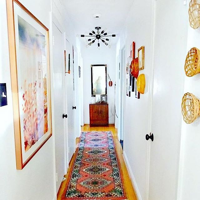 I love this hallway refresh! A bright, joyful handwoven rug is such a fun way to quickly spark up a space. #ruglove . . @adesignerathome I love this hallway! Any new updates? . . . . . @herfahome #HerfaHOME @herfaheritage #vintagehome #antiquerugs #vintage #howwedwell #mycuratedaestetic #modernbohemian #myhomevibe #bohemianhome #ilovemyinterior #mydomaine #bohemianhome #bohemiandecor #bohemianstyle #bohochic #ihavethisthingwithtextlies #currentdesignsituation #ighomes_interior #myhomevibe #middleeaststyle #middleeasteveryday #handmadegoods  #myboldhues #getthegloballook #middleeasteveryday @designsponge @blissfully_eclectic @kismet_house @natasha.designs @eclectic.leigh @anatoliandesign @justinablakeneyhome @designlovefest @loomandkiln @apartmenttherapy #apartmenttherapy @thegoodrug #vintageshop #vintagerug #vintagestyles