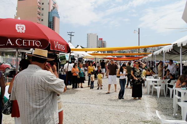 Festival de Las Brasas, El Vino y La Cerveza