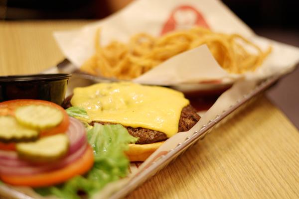 Smash Burger San Diego - Classic Burger 1
