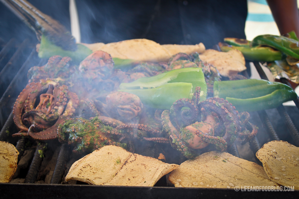 Tijuana Mariscos Progressive Meal Tour with Turista Libre and Life & Food