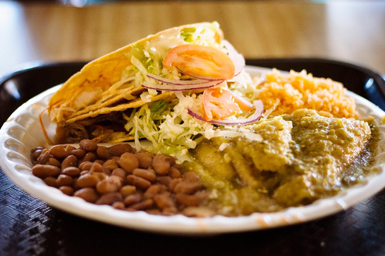 Chicharron en Salsa Verde, Taquitos Dorados de Pollo, Rice and Beans – Super Cocina: Comida Casera Mexicana