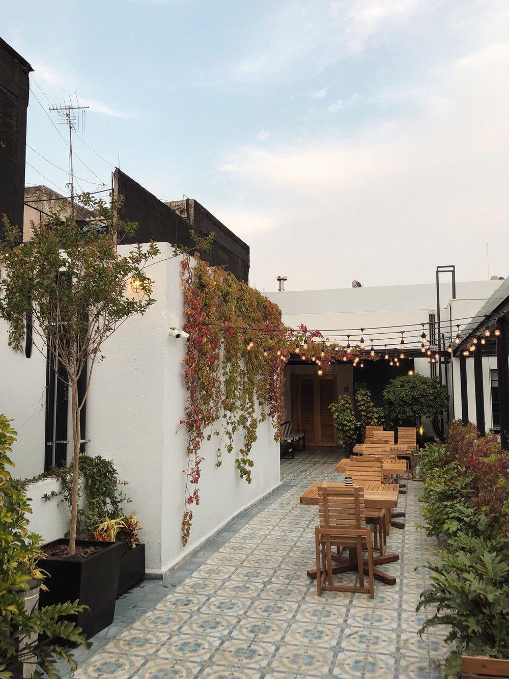 Casa Decu, Mexico City
