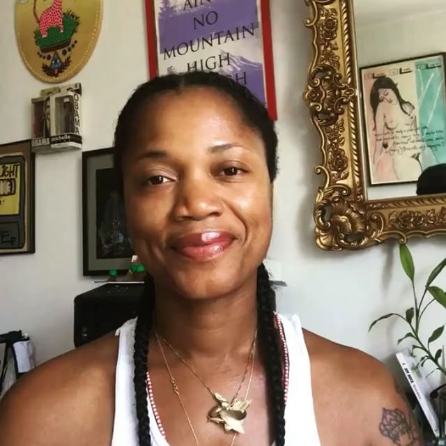 #GirlGameChanger™ salute to JOY. JOY ISSA LIFESTYLE. Know this now. Via @lightmicwithdavida (the podcast/virtual variety show on business, culture, spirituality and ISH. Check it!) xXd. Fam-today #wethelove launches our 30 day #joymagnet challenge in our #podcast (haha, #virtualvarietyshow). What tip, resource, song, practice can you do NOW to magnetize your joy and get you some good juju, boo? I'm sharing mine (#gameofthrones style, cause it's a savage life sometimes!)-which is all about STARTING NOW. Why? Shit, tomorrow ain't promised. Something this Daddy's girl is learning the hard way...but don't read what I'm saying. Listen HYUH! And if inspired, share this on your digital skreets with your own tip using our hashtag, #joymagnet. #Wethelove, fam. xo Davida ☝🏾🎤⚡️