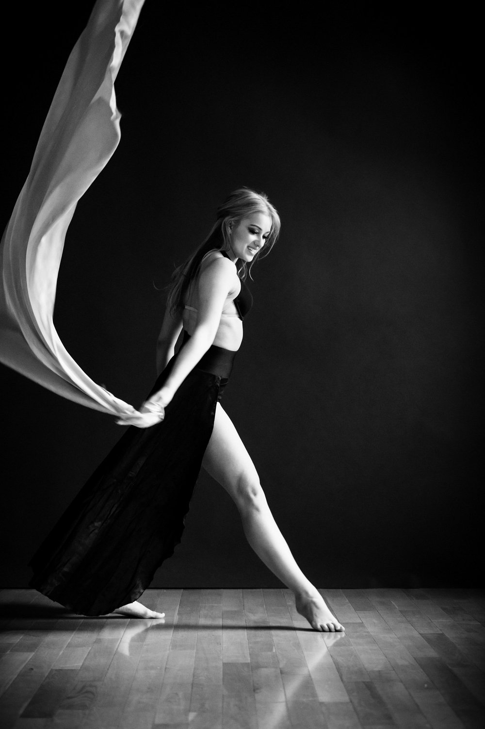 nEO_IMG_Xing Photography Soul of Dance - Haley-45-BW.jpg