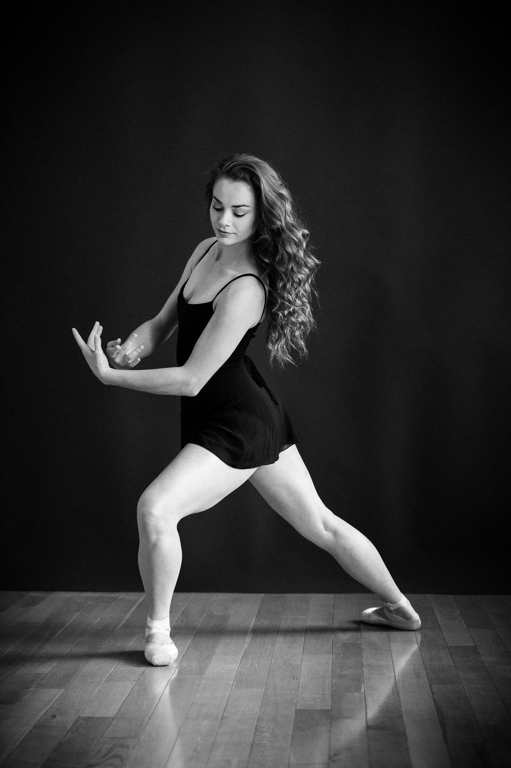 nEO_IMG_Marissa Dance-3-BW.jpg