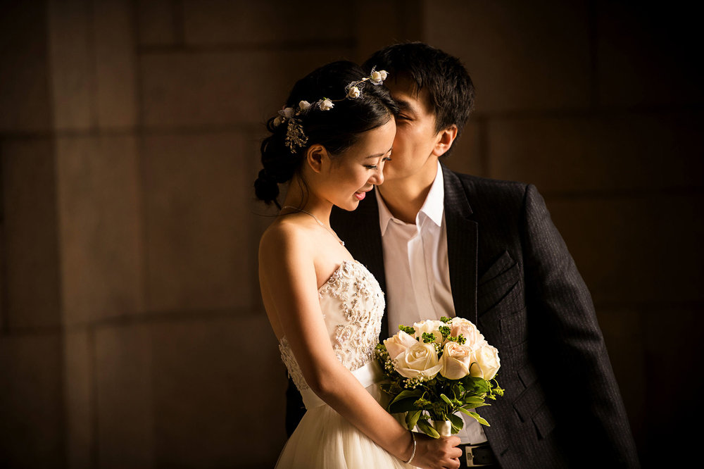 sweet moments pre wedding at University of Washington 西雅图华大婚纱照