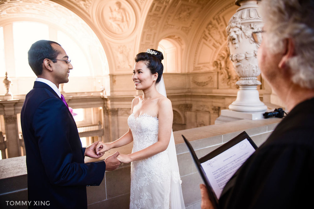 San Francisco City Hall Wedding - 旧金山市政厅婚礼领证仪式 - Tommy Xing