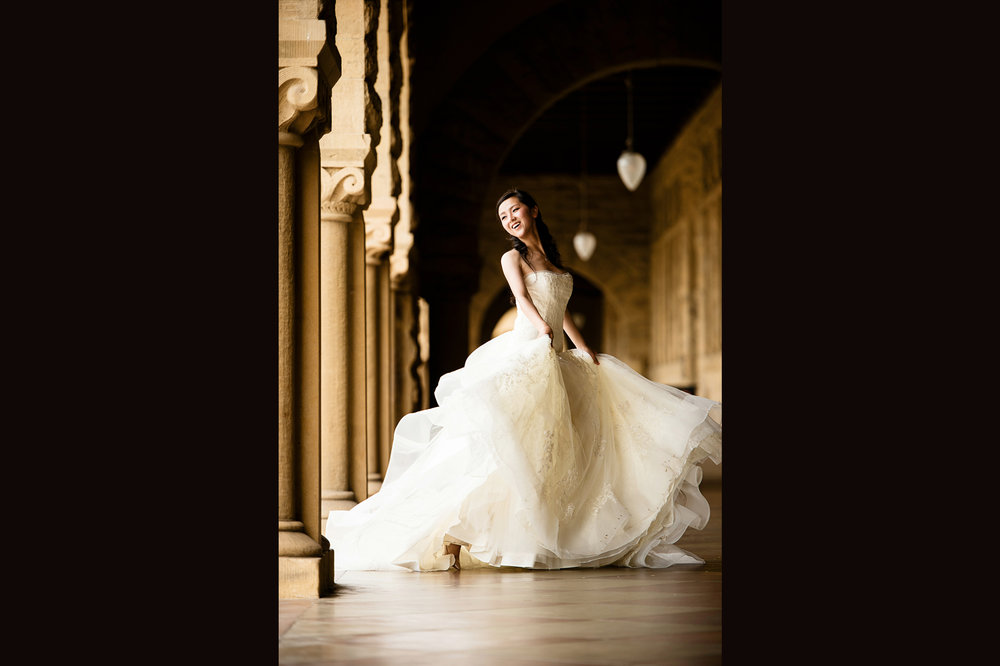 gorgeous bride at Stanford University 斯坦福婚纱照