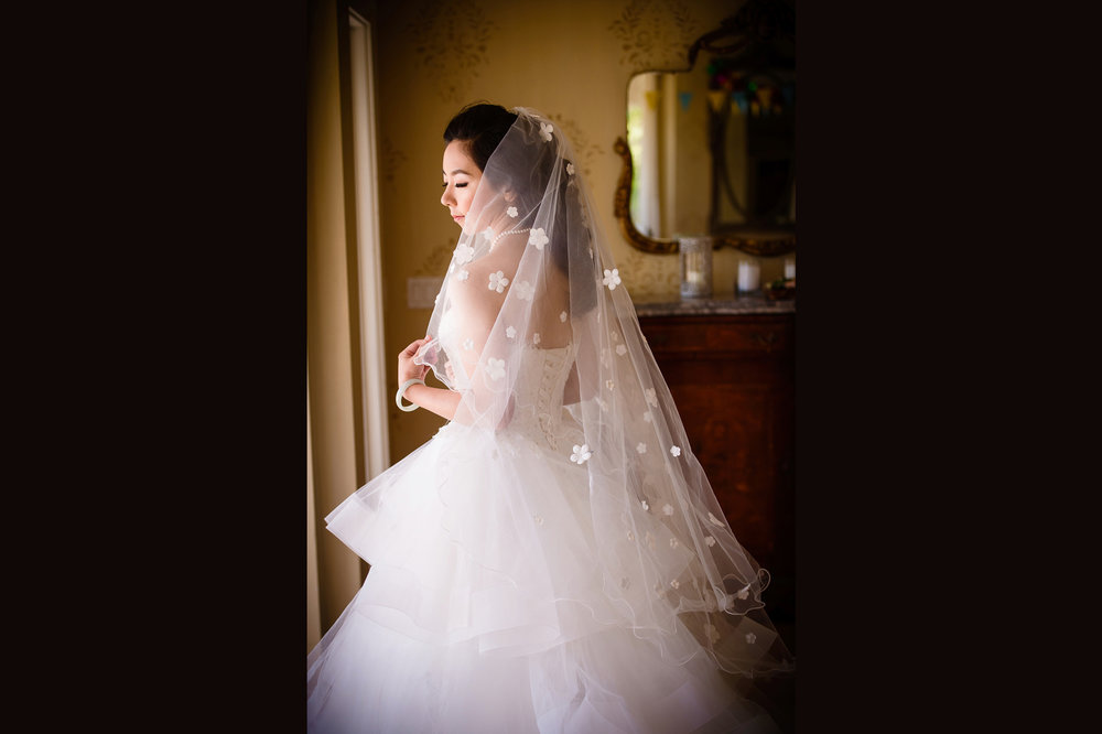 Bride getting ready at Perry House, monterey ca