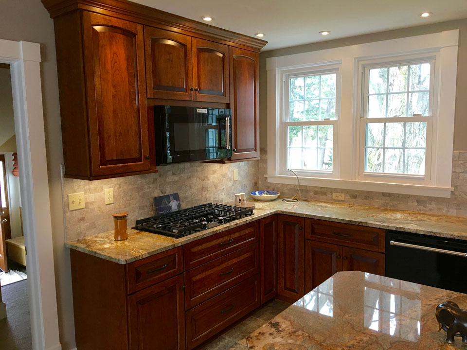 cabinets-rc-construction-tile-backsplash.jpg