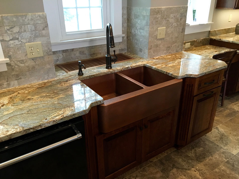 sink-tile-mentor-cabinetry-rc.jpg